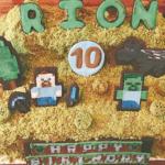 モデル 益若つばさ 子供の誕生日をマイクラケーキでお祝い