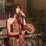 モデル池田エライザ テレビで歌声を初披露